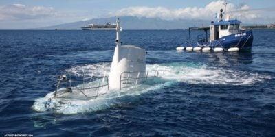 submarine Maui Hawaii